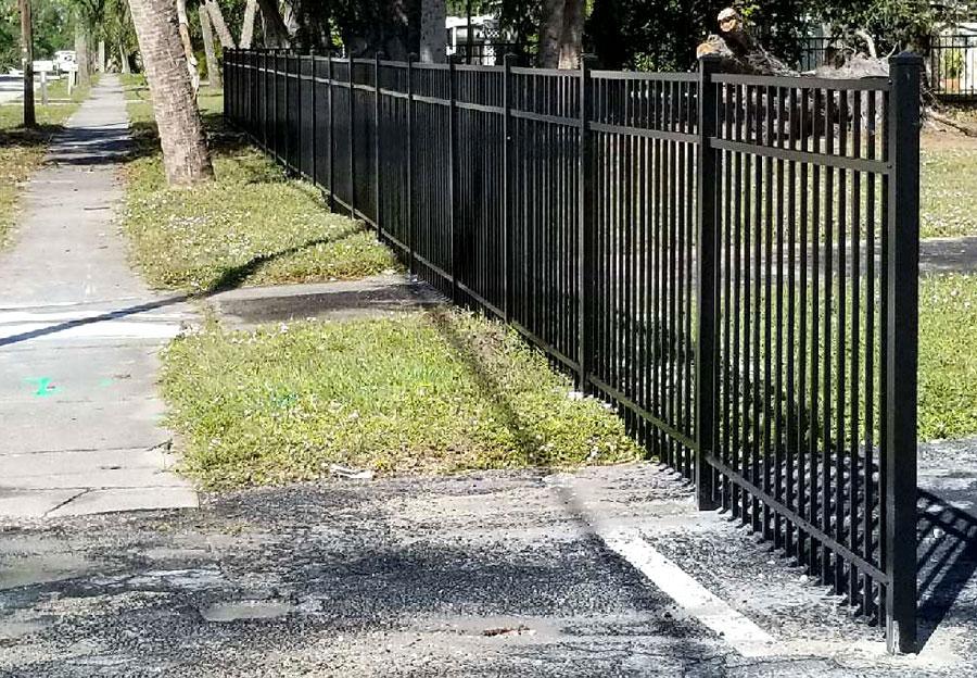 Fence Dynamics - Aluminum Fence Portfolio 4