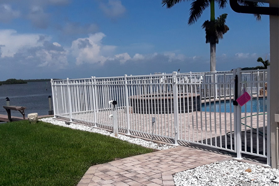 Premium Quality Aluminum Fences