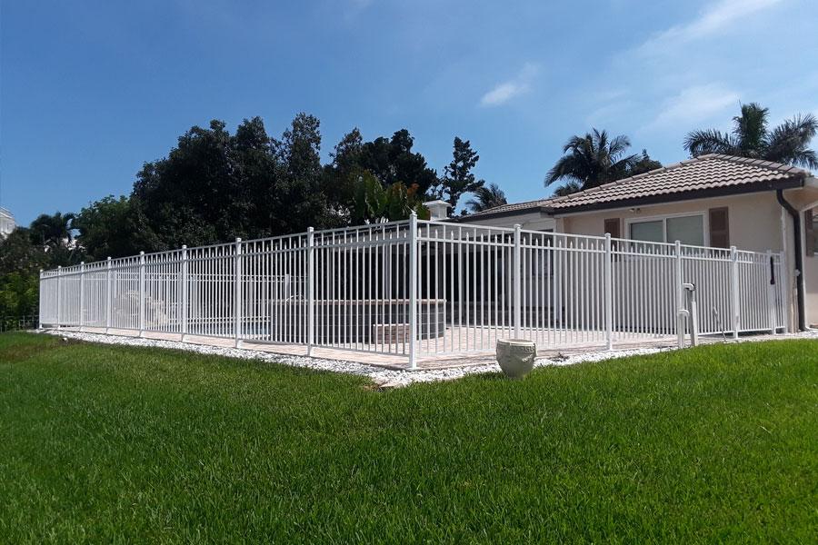 Premium Quality Aluminum Fences